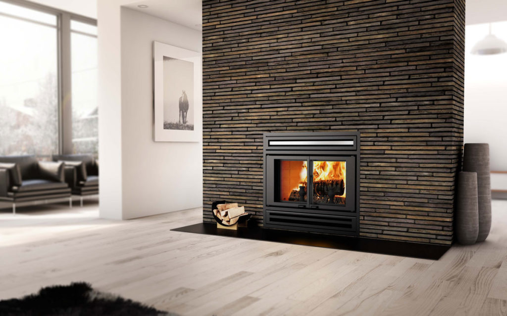 valcourt we love fireplaces and grills