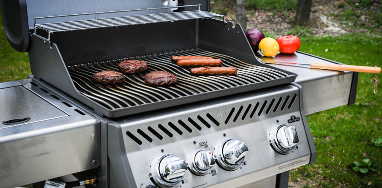 We Love Fireplaces and Grills – Napoleon Rogue 365 Gas Grill