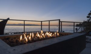 Choosing an Outdoor Fireplace – What to Consider
