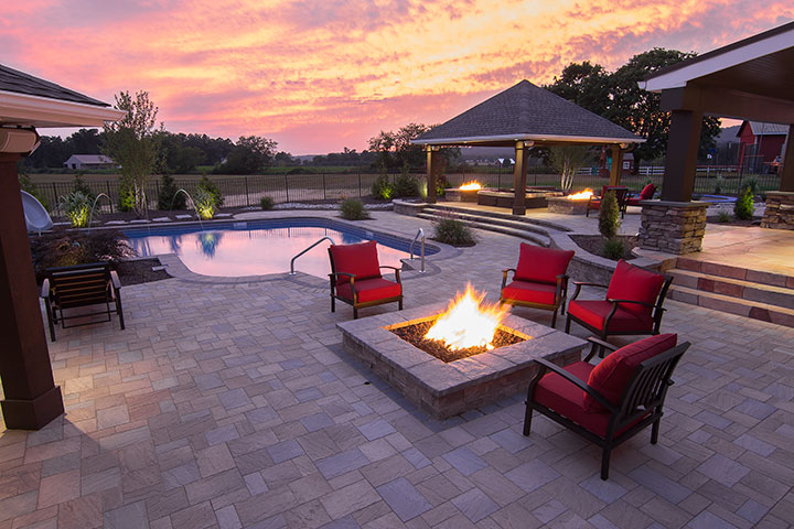 HPC outdoor fireplaces outdoor room - We Love Fire