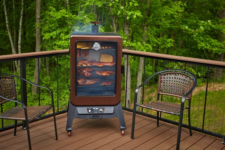 Pit Boss Copperhead 5.5CF Pellet Smoker