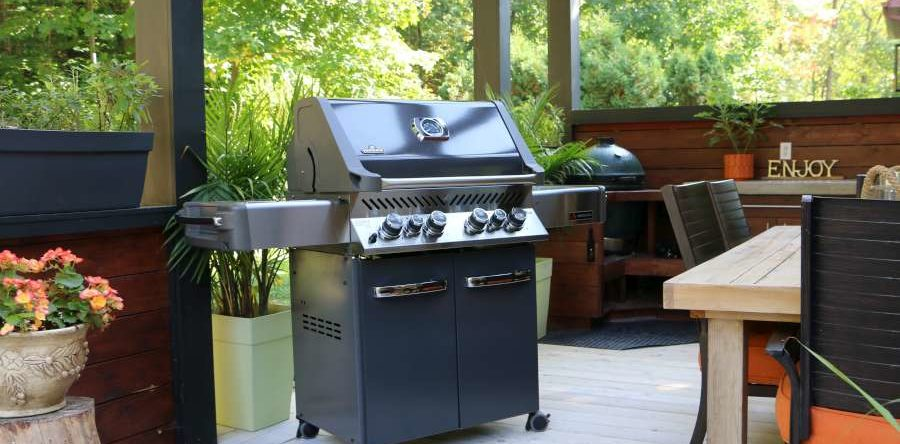 What Are the Best Features of a Gas Grill?