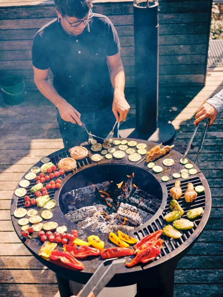Cook chicken, vegetables and more on an Hearthstone fire pit! How to cook on your outdoor fireplace? Cooking on your firepit at home or camping!